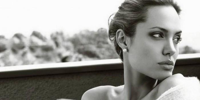 Manifesting Generator Angelina Jolie